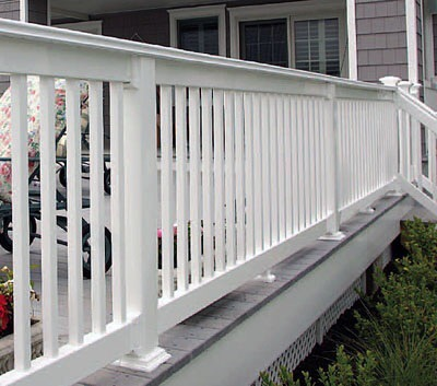 Semi-privacy Spindle vinyl fence